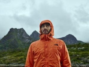 Resolve ou Venture: qual é a melhor jaqueta impermeável para você?