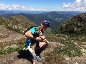 Milka: Uma cachorrinha doida por corridas de montanha