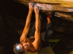 Felipe Ho encadena via 11ABr e se consolida entre os maiores nomes da escalada nacional