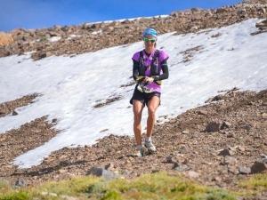 Rosalia Camargo fica em 3º lugar nas 100MI da Patagonia Run