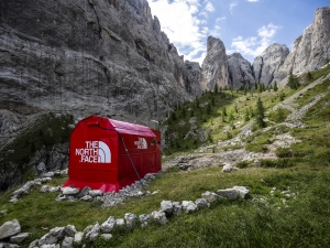 The North Face tem pop up store nos alpes em Dolomites