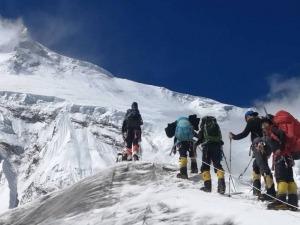 Expedição Manaslu: A conquista do cume