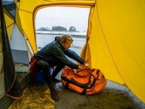 5 dicas para acampar tranquilo em dias de chuva