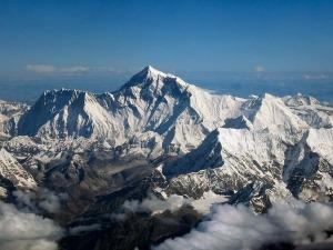Cordilheira do Himalaia não deve suportar efeitos do aquecimento global