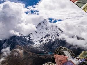Everest tem novas leis para evitar superlotação e acúmulo de lixo