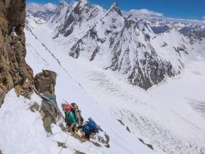 Brasileiros se preparam para fazer história no K2