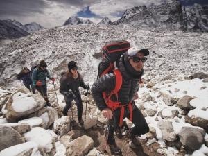 Documentário mostra o lixo que existe por trás das expedições ao Everest