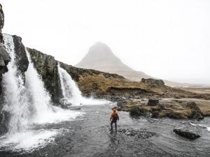 Vídeo em 4K te leva em uma viagem pela Islândia sem sair de casa