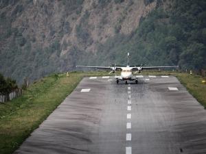 4 curiosidades sobre o aeroporto de Lukla que talvez você não saiba